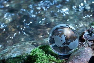Rivers of Eden Globe